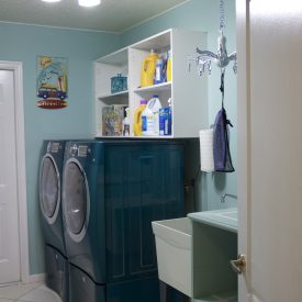 Laundry Room Makeover – It almost makes me want to do laundry…