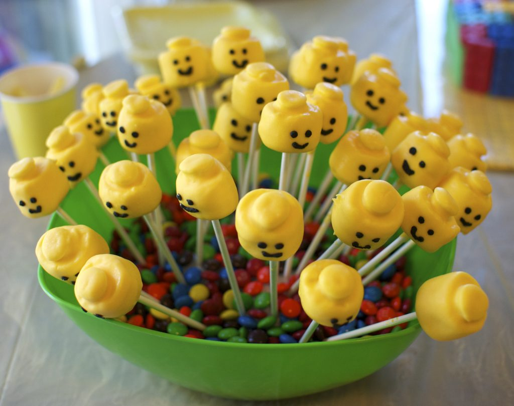 Marshmallow pops - Lego theme birthday party