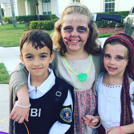 Cousins halloween2015 zombieprincess fbiagent gypsy