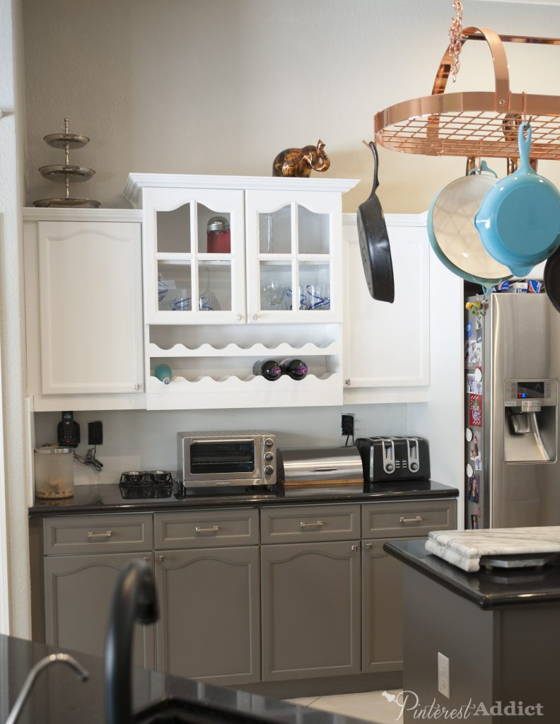 Painting the kitchen cabinets really gave this kitchen a quick facelift.  Snowbound white and gauntlet gray by Sherwin Williams