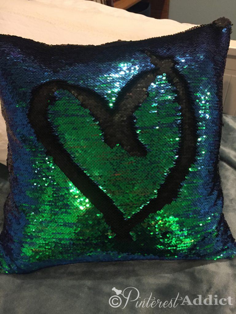Mermaid Sequin Pillow - Pinterest Addict