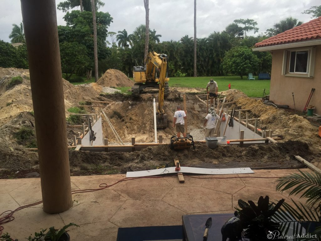 What to expect when getting a pool - day 2 digging the hole